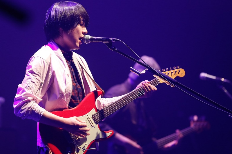 フジファブリック、遂に山内総一郎シグネイチャーモデルのギター