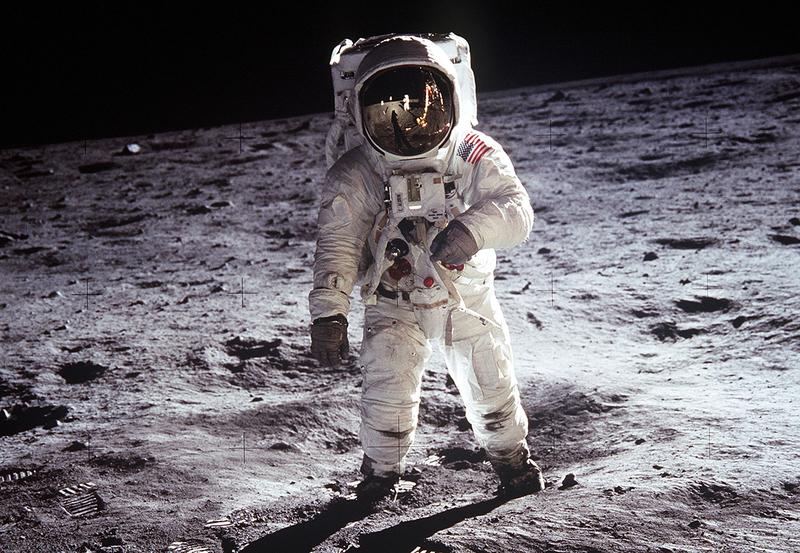 アポロ 11 ポルノ